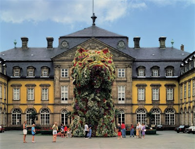 Puppy, The Topiary Dog By Jeff Koons (6) 1