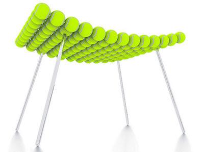 Tennis ball seat