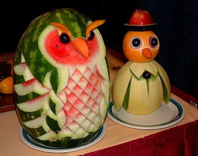 Fruits and vegetable sculptures (11) 7
