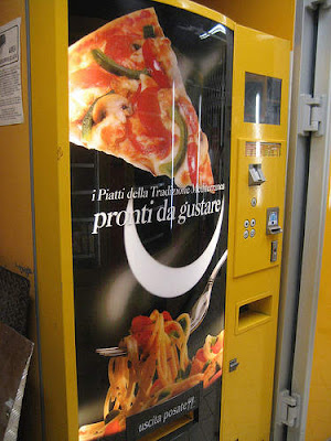 Vending Machines From All Over The World (3) 2