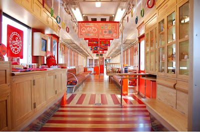 Pleasant Train Interior In Japan (7) 4