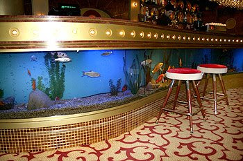 Cool Aquariums and Unusual Fish Tanks Designs (50) 39