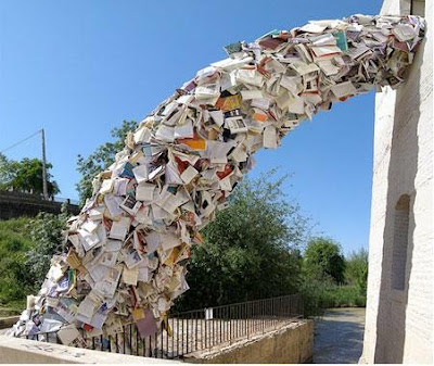 Cool and Creative Ways To Reuse Books (50) 19
