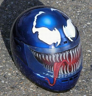 20 Cool and Creative Motorcycle Helmet Designs (20) 5