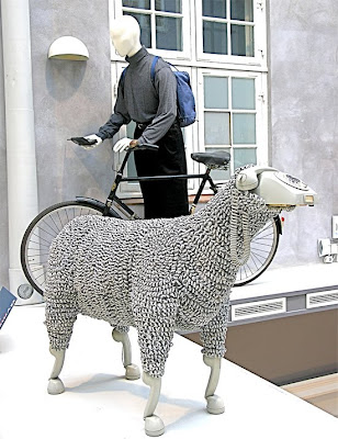 Creative Sheep Sculptures Made From Rotary Telephones (10) 9