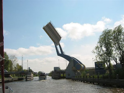 Flying Drawbridge (11) 2