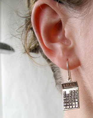 50 Cool and Creative Earring Designs (39) 13