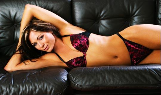 Tania Zaetta Bikini