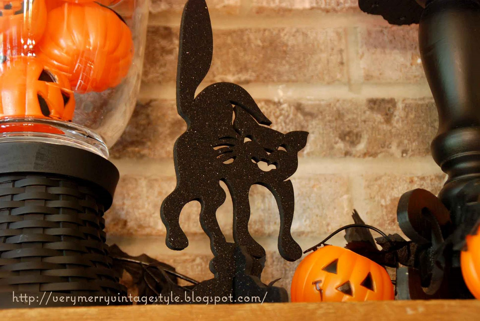 Vintage halloween decorations plastic - I Was On A Roll For Quite A Few Years With Collecting These Plastic Retro Jack O Lanterns They Light Up With The Help Of A Little Bulb In The Bottom Or