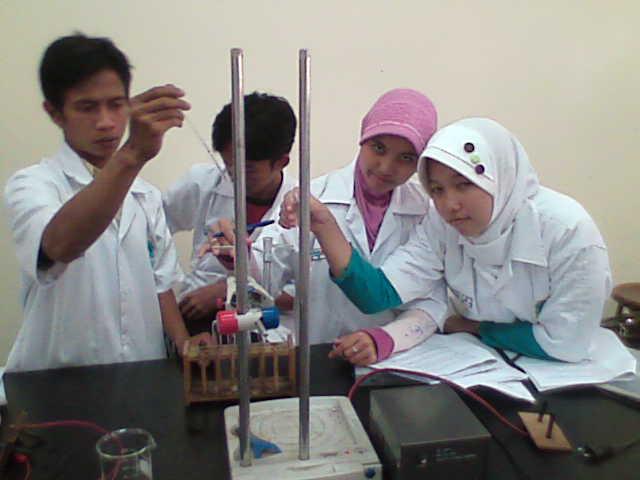 praktikukum kimia UPI