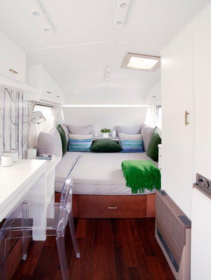 design retro carvan interior decorating joy studio. Black Bedroom Furniture Sets. Home Design Ideas
