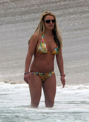 Britney Spears Bikini girl in the surf
