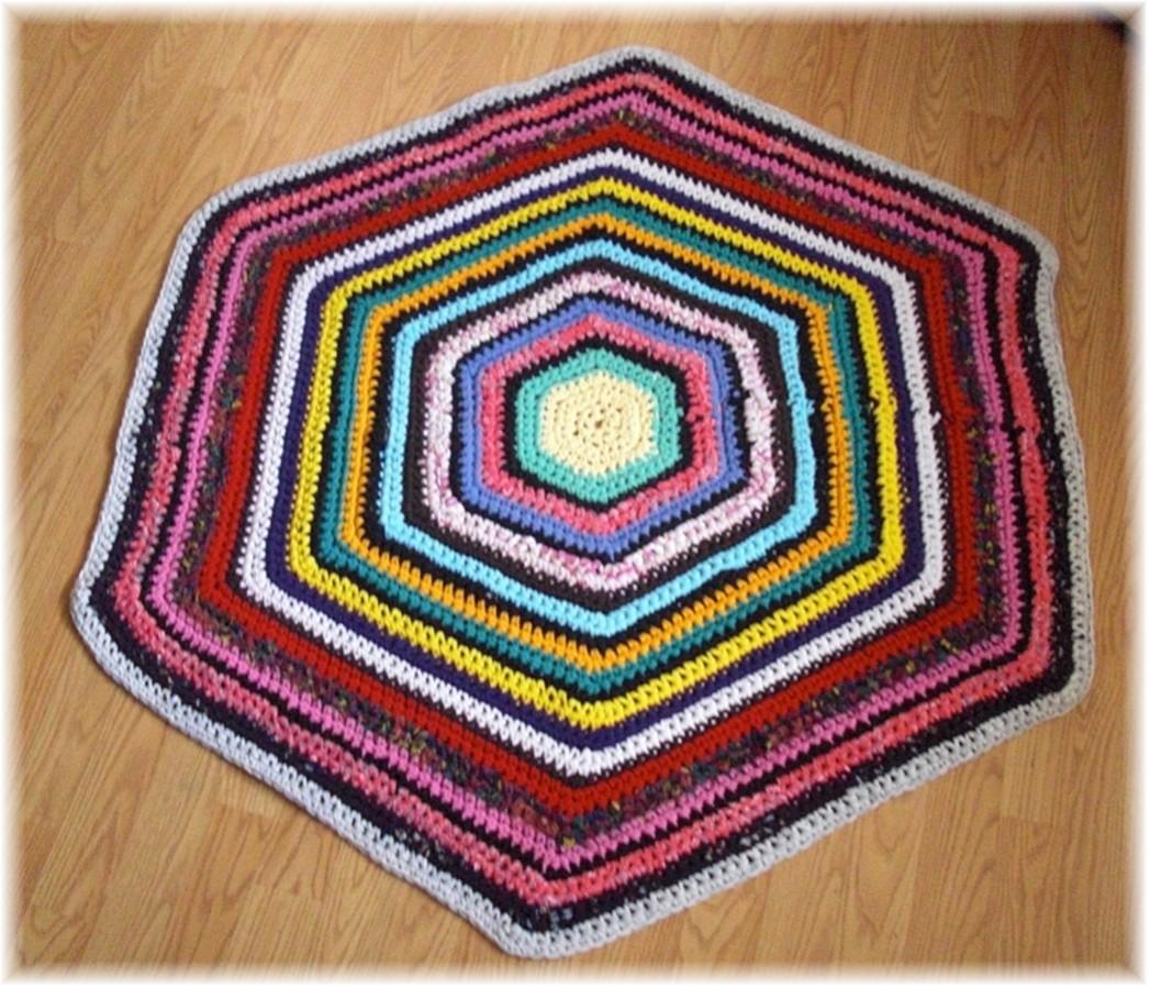 Rag Rug Large: Hexagon Large Recycled Rag Rug