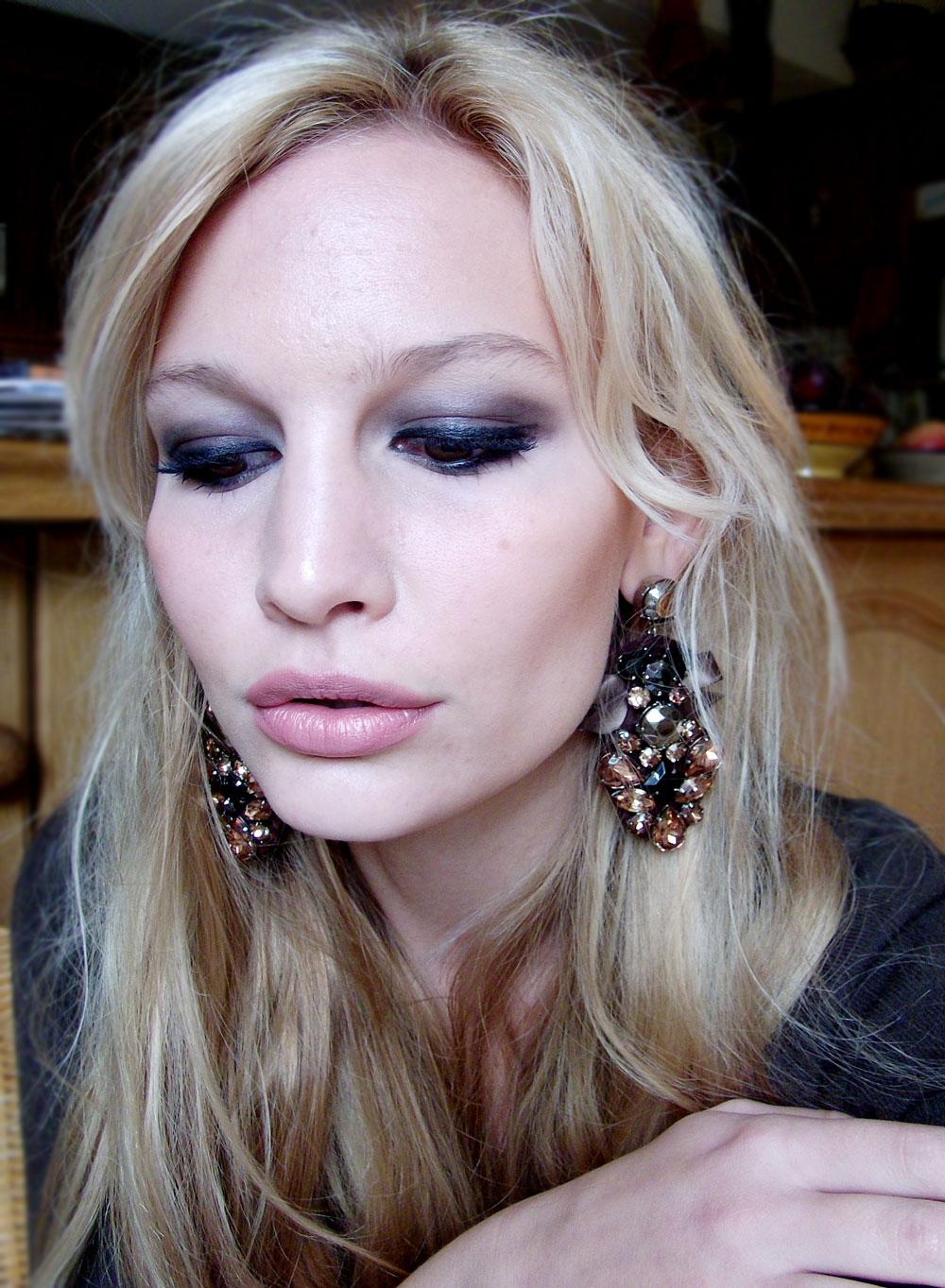 bedroom eyes | anna saccone joly