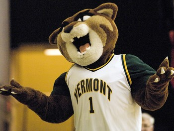 uvm catamounts logo