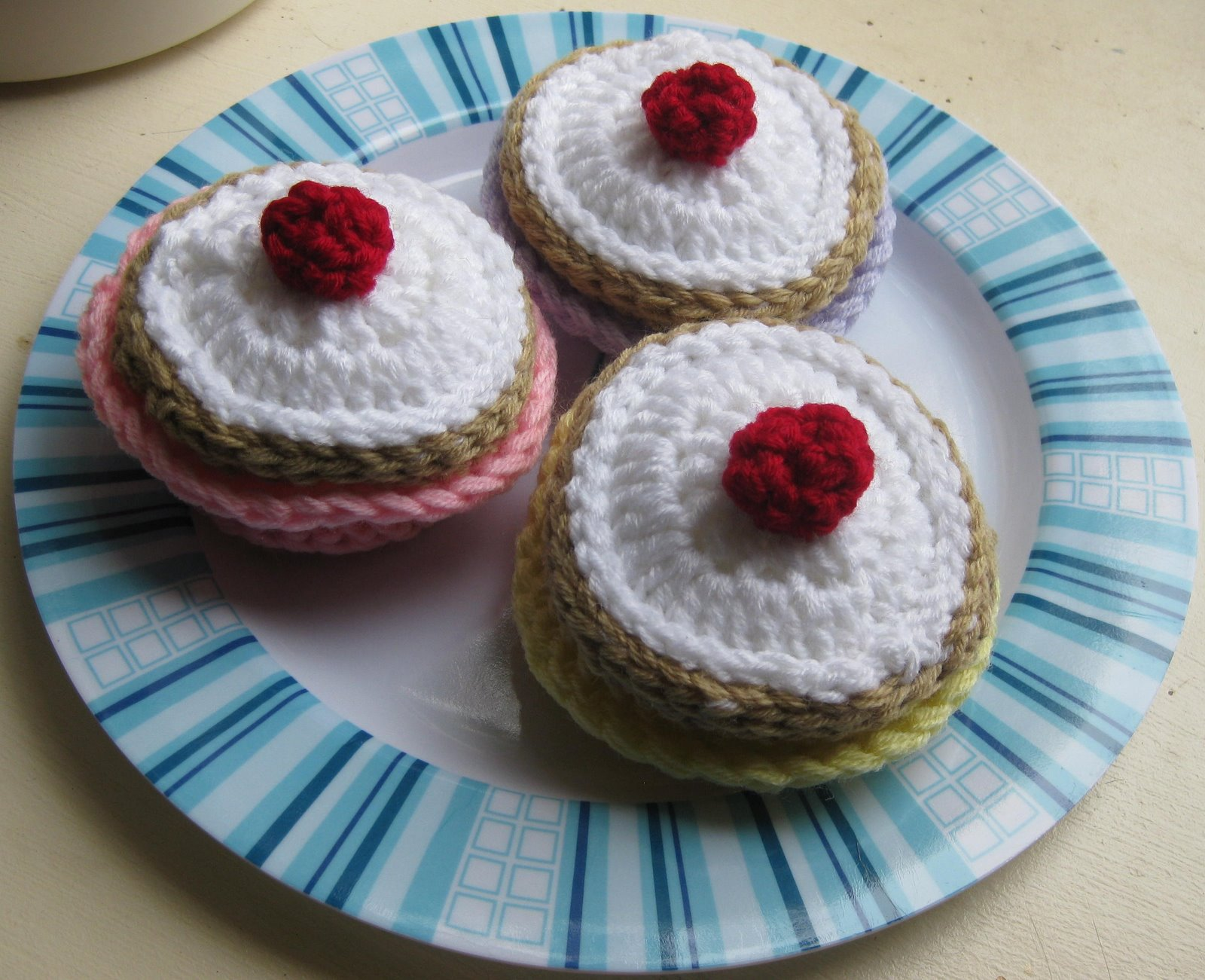 [bigcakes.jpg]