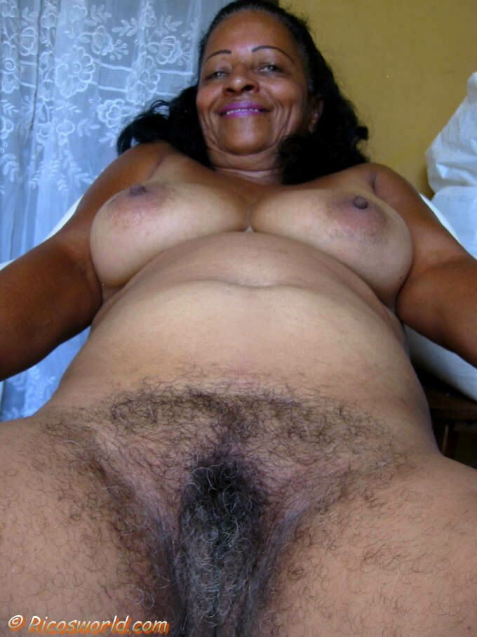 Mature ebony grannies