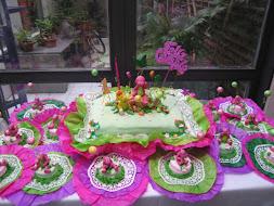 Torta y mini tortas Barney