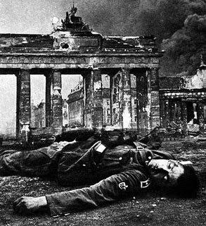 bombardeo alemania nazi guerra mundial Berlín