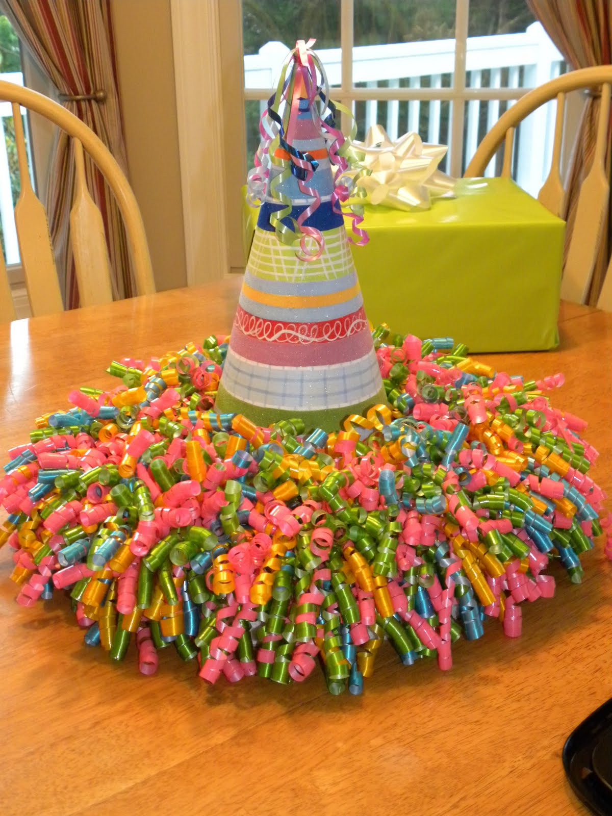 Adult birthday table decorations - Adult Party Table Decoration Ideas Fun Centerpiece Idea