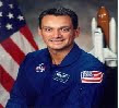 Biografia de John D. Olivas [Astronauta - Espacio - NASA]