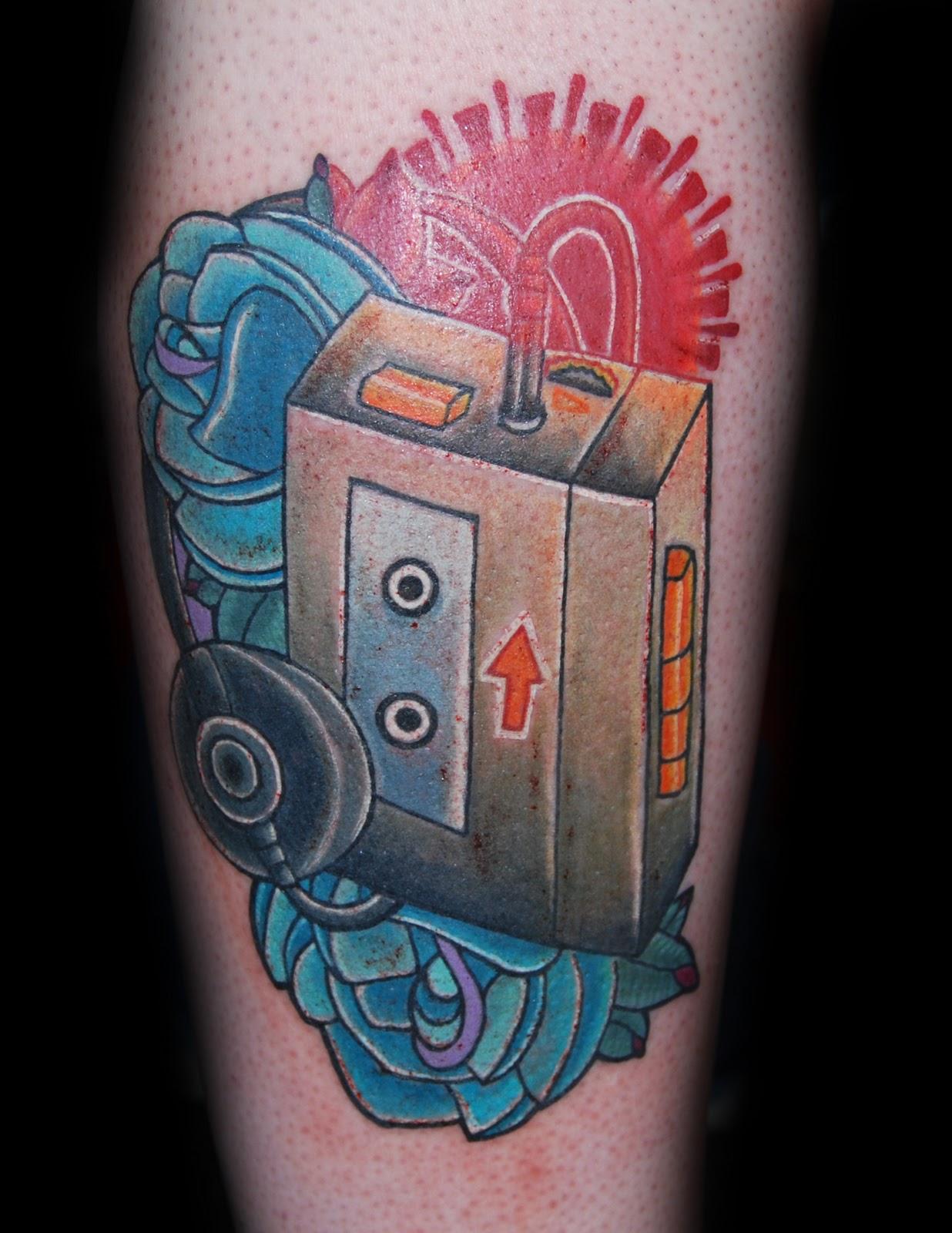 http://4.bp.blogspot.com/_O1UNApjztjo/TQQLpGUc0DI/AAAAAAAAACY/JEBr4LEMQXI/s1600/cassette%2Bplayer.jpg