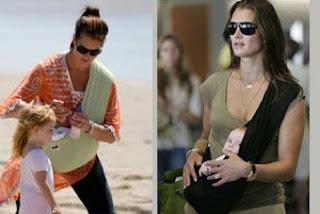 Η Brooke Shields με το μωρό της σε μάρσιπο αγκαλιάς