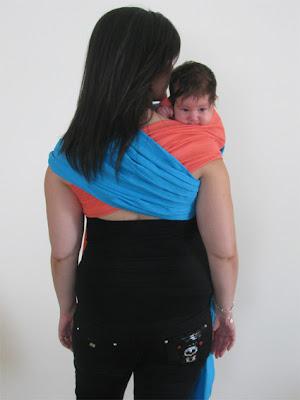 Για μωρά που ηρεμούν μόνο στον ώμο