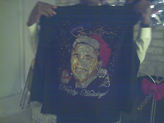 sweatshirt with image of Barack Obama as Santa