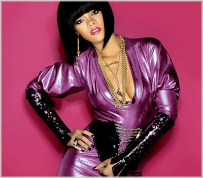 riri 1 New Song: Rihanna   Disturbia