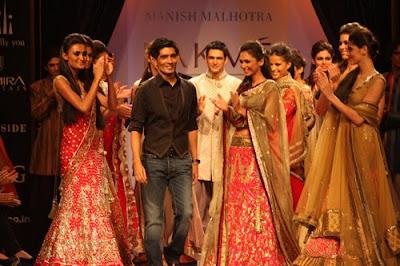 Fashion Week 2010 on Dulhun  Lakme Fashion Week 2010  Manish Malhotra