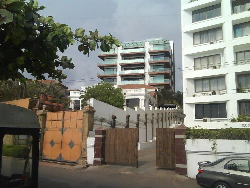 Entertainment World Shahrukh Khan House Mannat Photos
