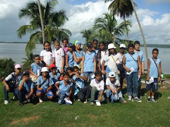 Toda a turma da equipe dengue reunida ao final da panfletagem
