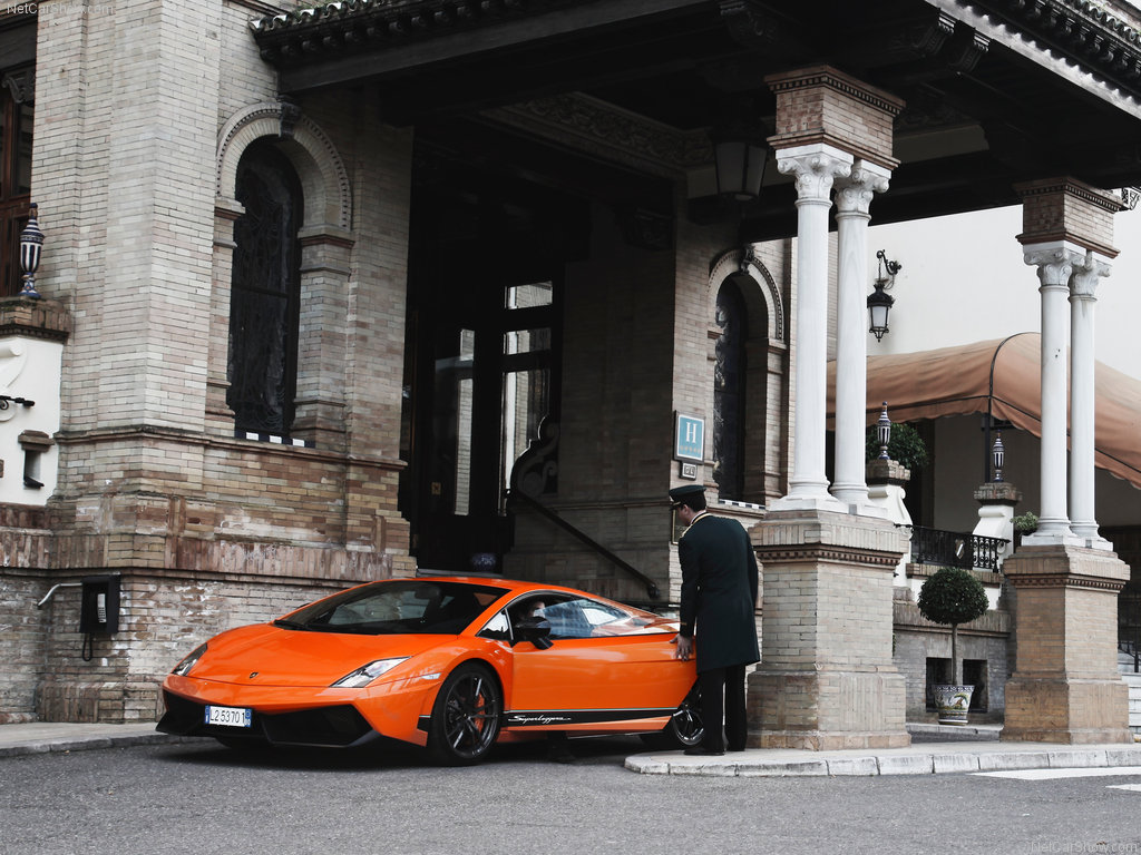 http://4.bp.blogspot.com/_O5ajroadlwk/S8fhyKlCjgI/AAAAAAAAAAc/AWIaWLlnitk/s1600/Lamborghini-Gallardo_LP570-4_Superleggera_2011_1024x768_wallpaper_05.jpg