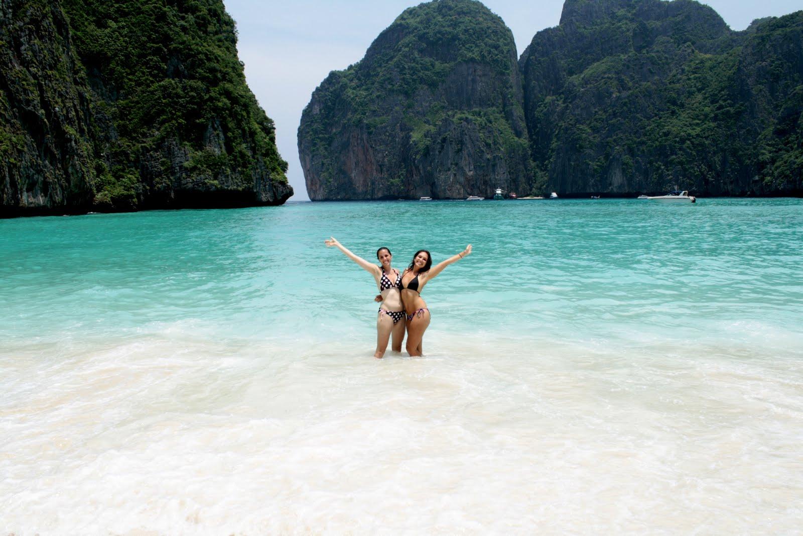 Тайланд на пляже фото с туристами