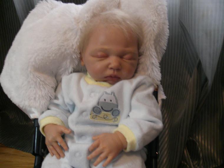 Antoine, 21 '' 4 lbs, né le 28 mars 2009