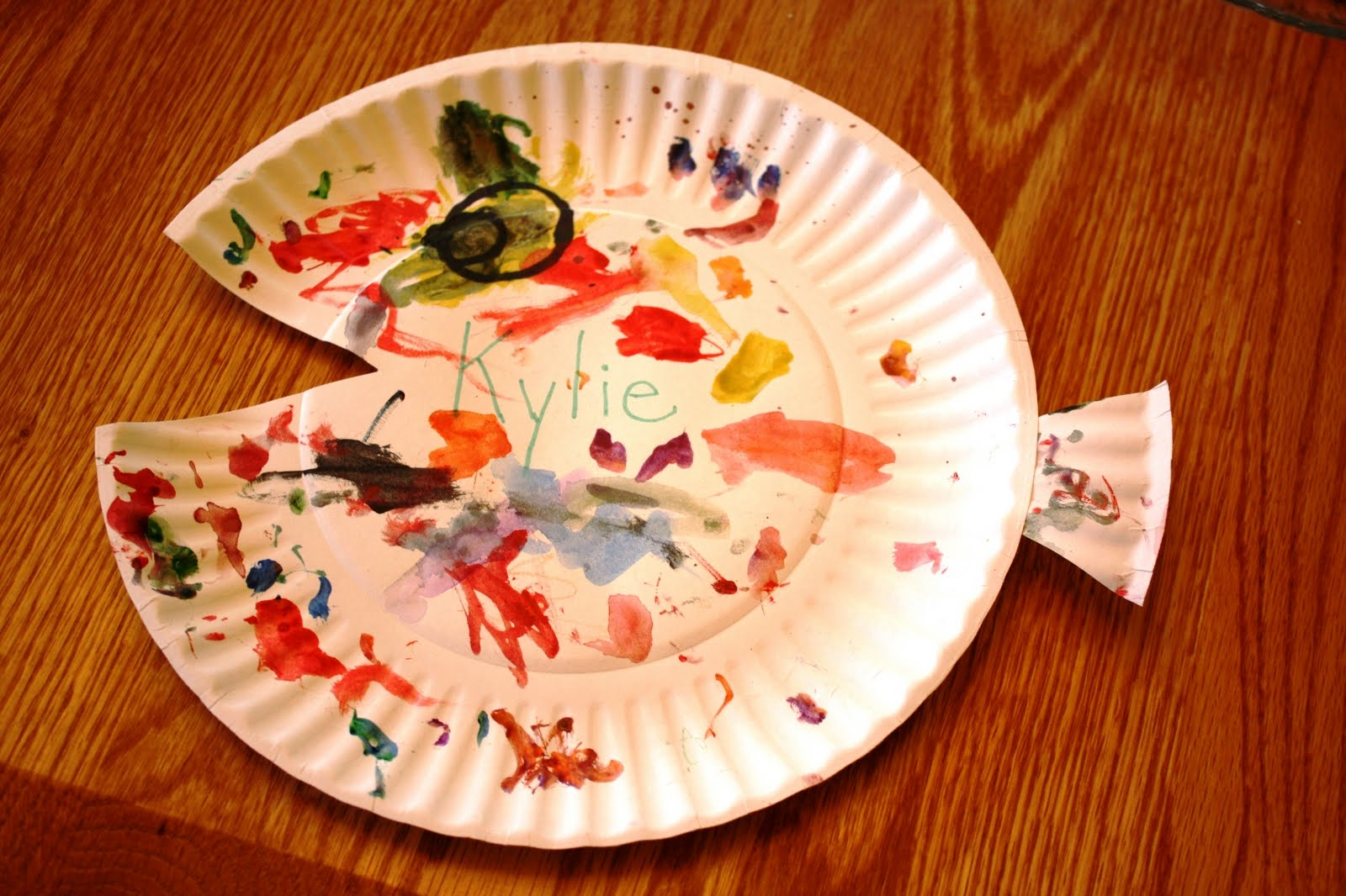 found this Paper Plate Fish Craft on the DLTK website.