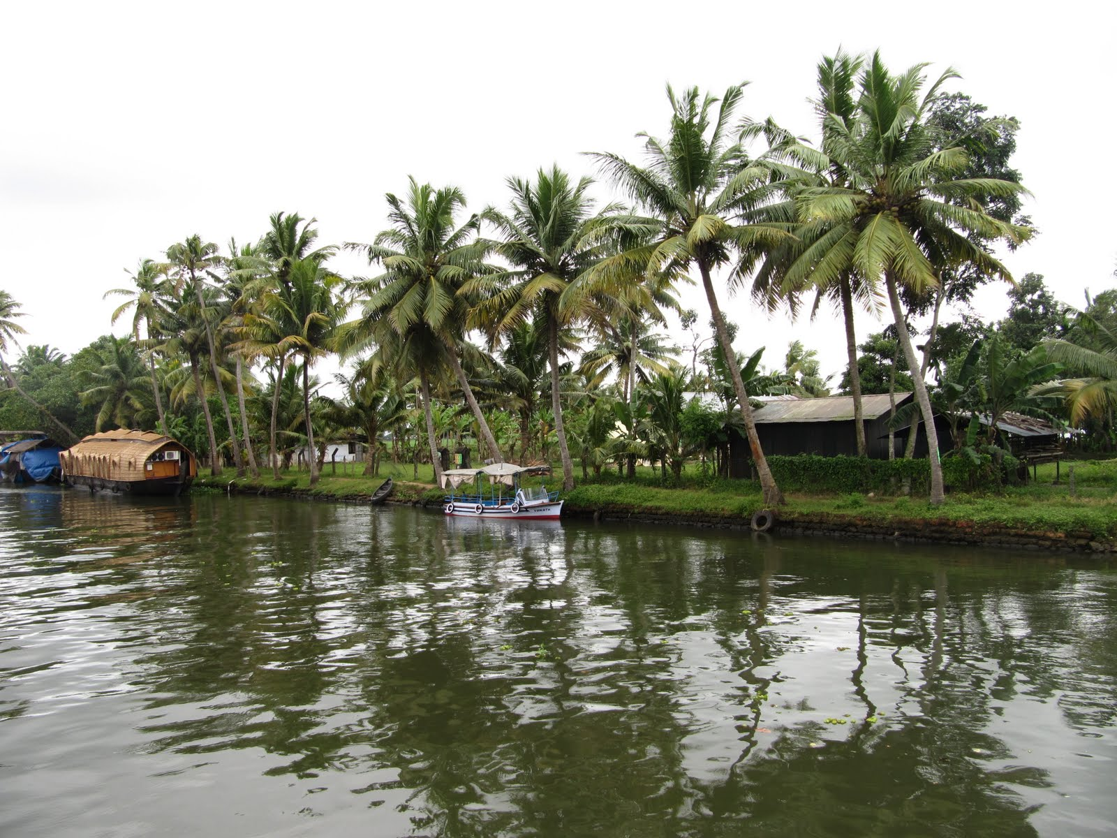 kerala gods own country Kerala in the south-western region of india is often referred to as god's own country this beautiful land is rightly called the paradise, given to its lush green scenic landscapes and crystal .