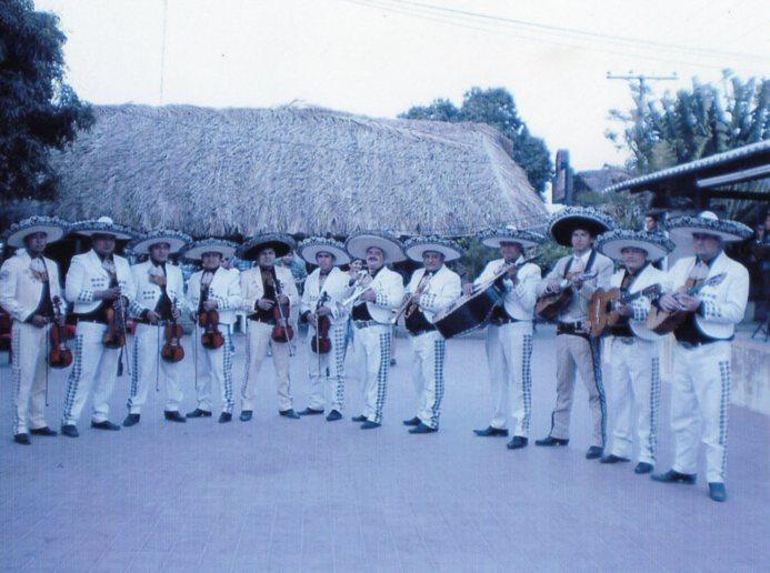 mariachi internacional del rey
