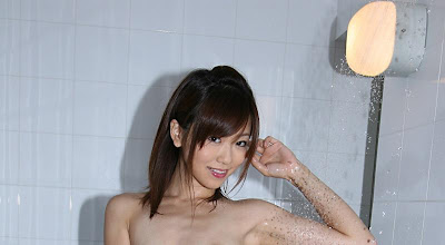 Saki Ninomiya in Cute AV Actress