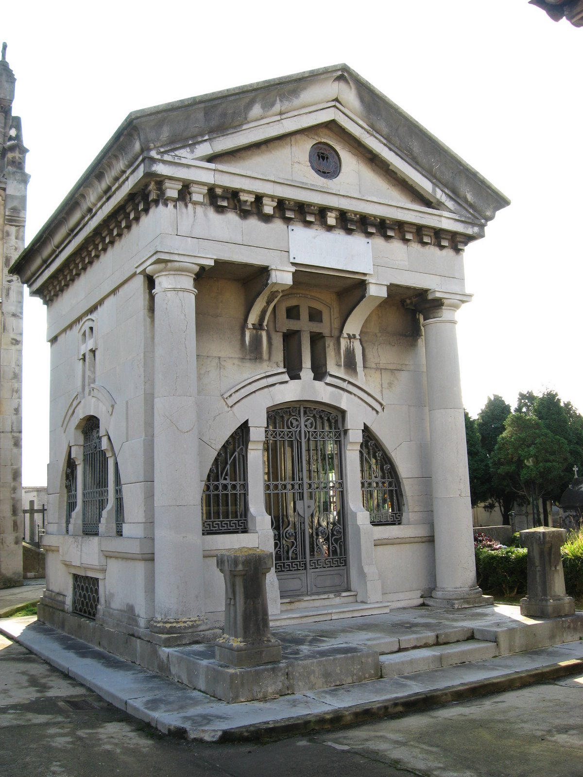 [Cementerios+004.JPG]