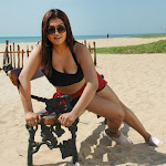 Bombshell Tamil Actress Sona Sexy Stills - part 3