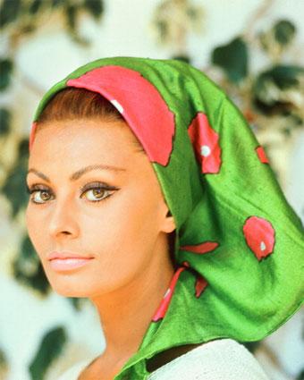 sophia loren guess. Sophia Loren