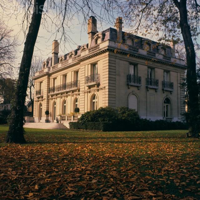 The Windsor Style Ellegant Home Design