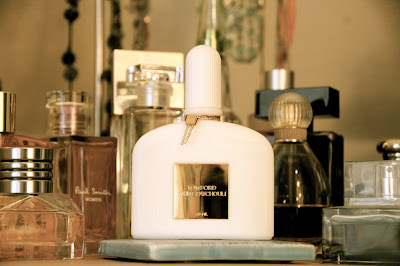moments of perfect clarity perfume review tom ford white. Black Bedroom Furniture Sets. Home Design Ideas