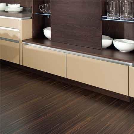 Revestimientos de suelos c mo elegirlos decora tu casa - Decoracion de banos y cocinas ...