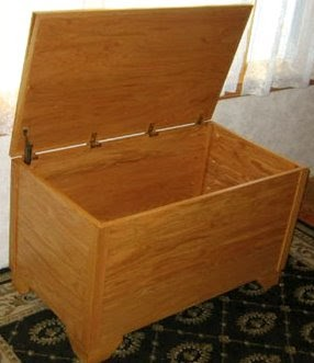 Chest plan free woodworking project plans for Hope chest plans pdf