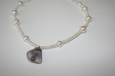 Necklace Pearls with Rock Cham