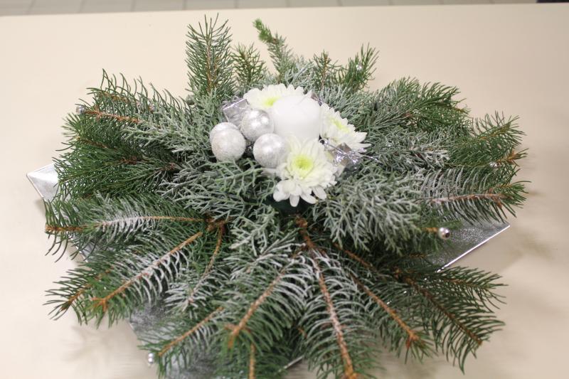 Art floral breal d cembre 2010 - Art floral centre de table noel ...