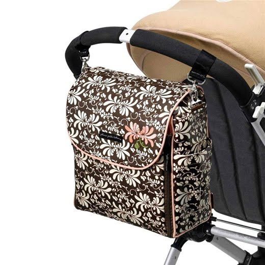 sugar pop ribbons reviews and giveaways layla grayce petunia pickle bottom diaper bag boxy. Black Bedroom Furniture Sets. Home Design Ideas